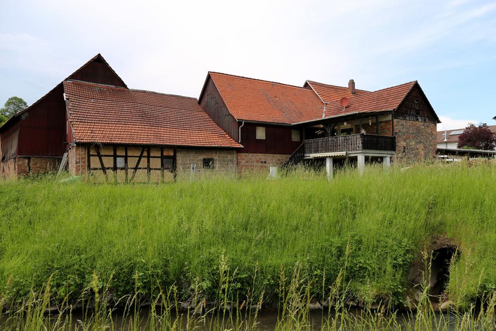 Die Neumühle in Rimbach - von der Weschnitz aus