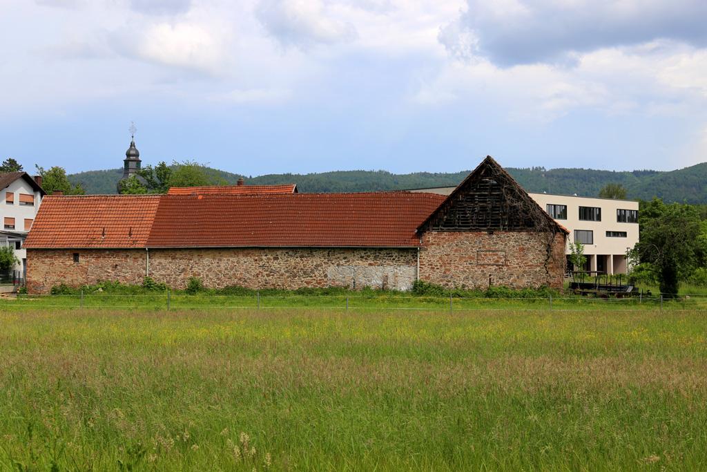 Die Neumühle in Rimbach - von der Bahnseite