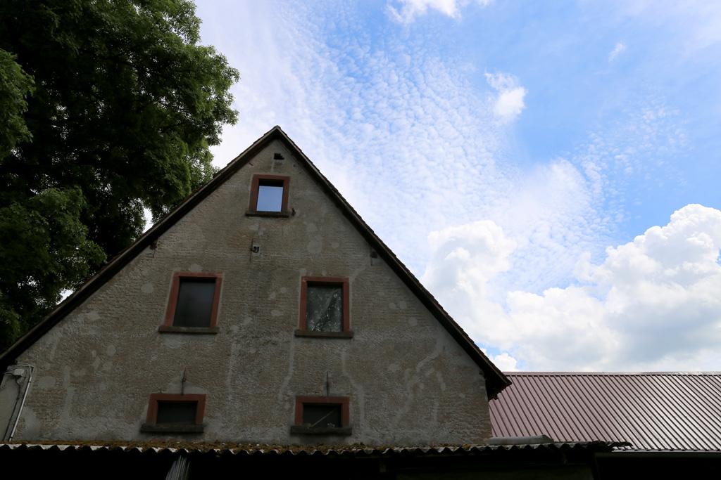 Die Rippersmühle in Rimbach - mit Himmel